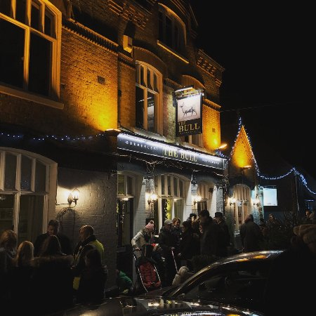 Outside the Little Bull before Brenchley Christmas lights switch on