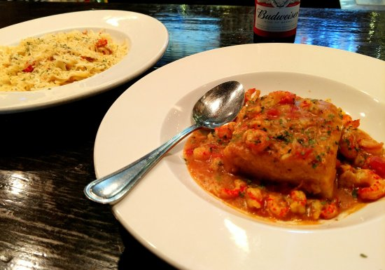 Natchitoches, LA: Crawfish Cornbread....excelent!
