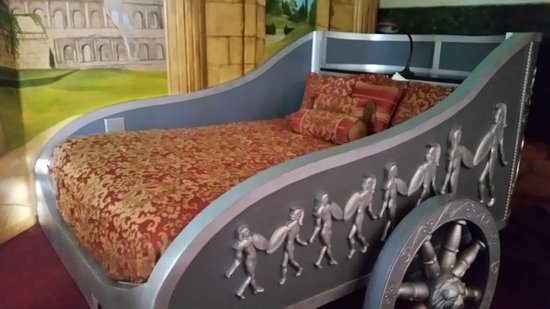 Los Alamos, CA: Chariot bed in Roman Suite