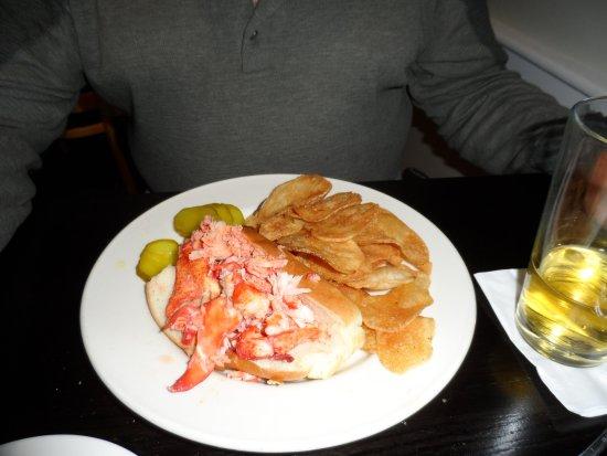 Go Fish: lobster roll