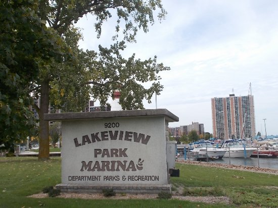 ‪‪Windsor‬, كندا: Lakeview Park and Marina, 9200 Riverside Dr, Windsor, Ontario.‬