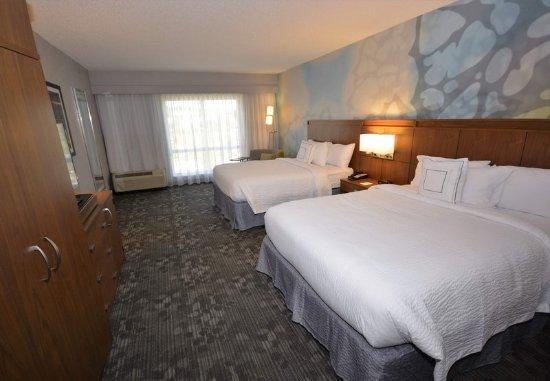 Arden, Carolina del Norte: Families visiting Asheville, North Carolina enjoy our spacious Guest Rooms.