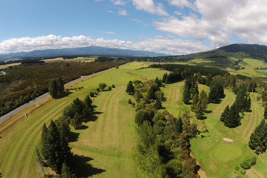 Turangi, Nueva Zelanda: 17th fairway from above