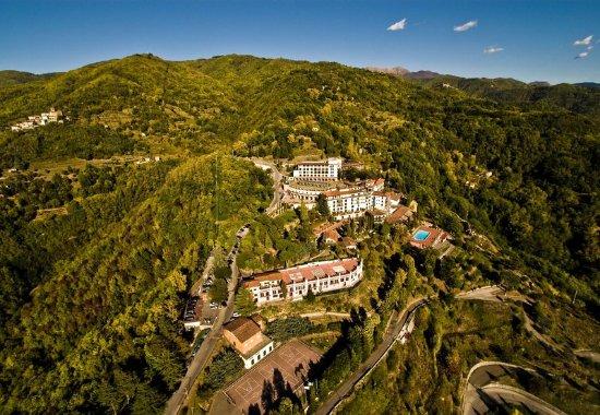 Castelvecchio Pascoli, Italia: Exterior