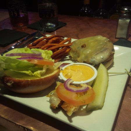 Tavern 1929: Veggie Burger w/Sweet Potato Fries