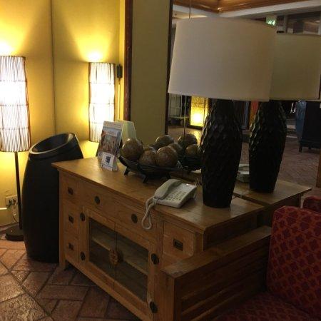 Best Western The Plaza Hotel: photo1.jpg