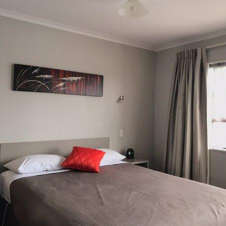 Knightsbridge Court Motor Lodge: photo0.jpg