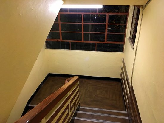 The Suites Require Quite A Climb 4 Flights Of Stairs Picture Of Bellevue Hotel Darjeeling Tripadvisor