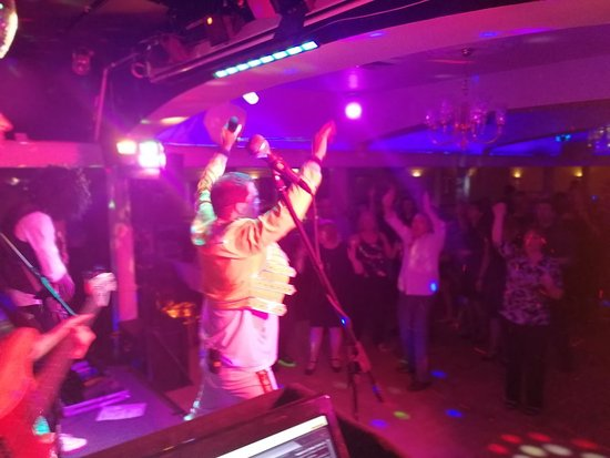 Calcot, UK: Fantastic entertainment nights in the Kennet and Avon, also the more intimate Pavilion.