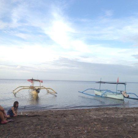 Lovina Beach, إندونيسيا: photo6.jpg