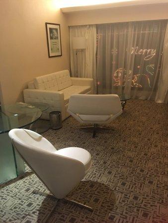 Regal Kowloon Hotel: Suite