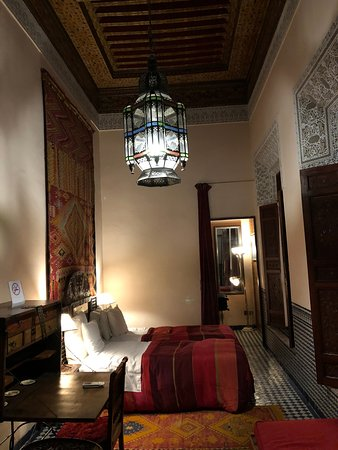 Riad Dar Cordoba: Overall view of the room
