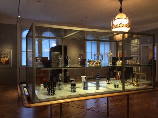 Inside Museum Of Applied Arts A Fine Collection Of Textiles Porcelain And Furniture Picture Of Salonplafond Vienna Tripadvisor