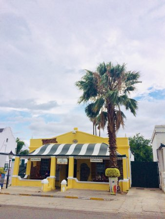 Pioneers Restaurant and Pub: Pioneers