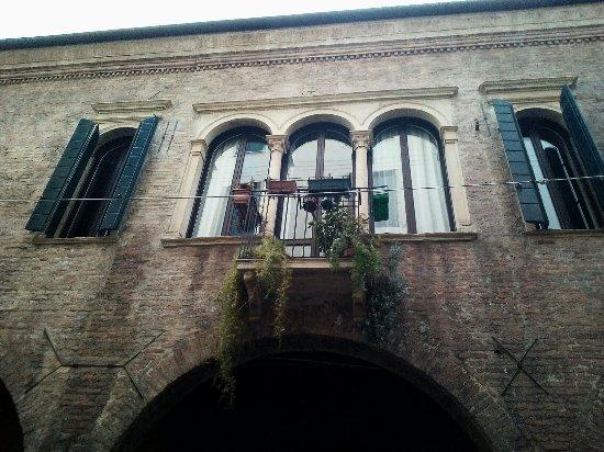 Casa Santuliana (o S. Uliana)
