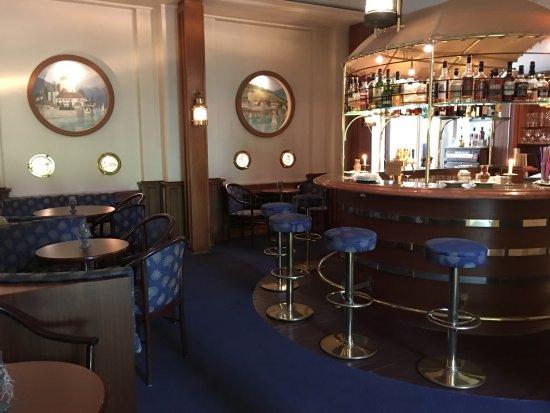 Belvedere Strandhotel & Restaurant: bar