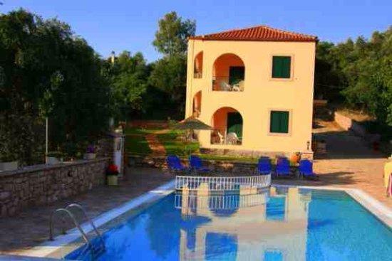 Pool - Picture of Emily's Apartments, Corfu - Tripadvisor