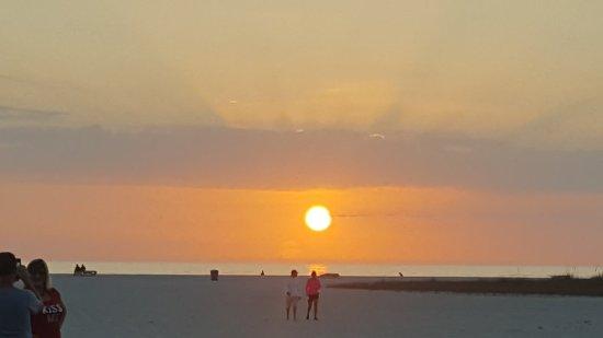 Beachside Resort Motel: 20171221_173256_large.jpg