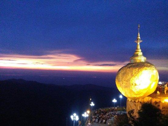 Kyaikto, Myanmar: Golden Rock Hotel Kyaikhtiyo