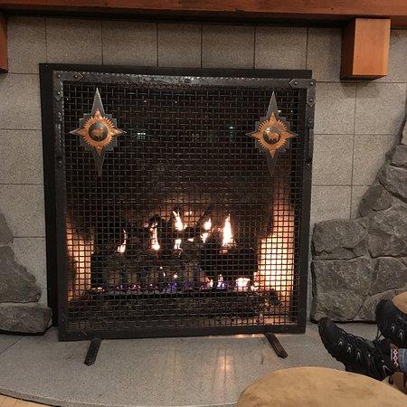 Old Faithful Snow Lodge and Cabins: photo0.jpg