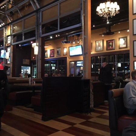 BJ's Restaurant & Brewhouse: photo2.jpg