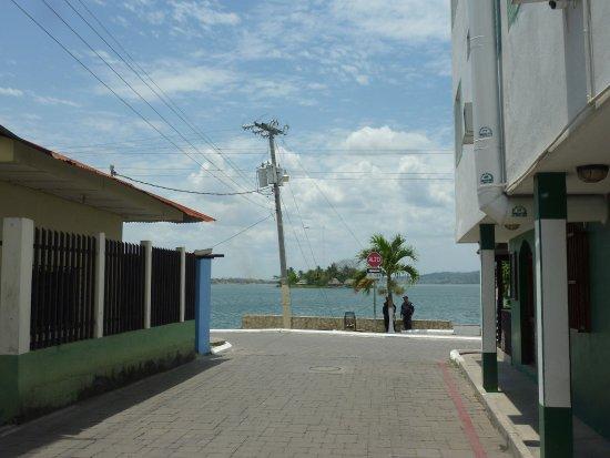 Hotel Casa Amelia: hotel on the right