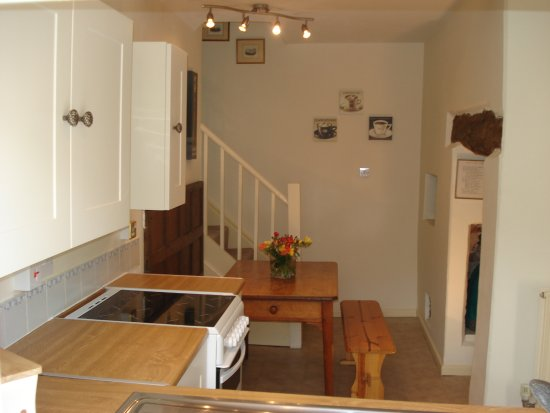 Bidford-on-Avon, UK: Self catering cottage kitchen/diner
