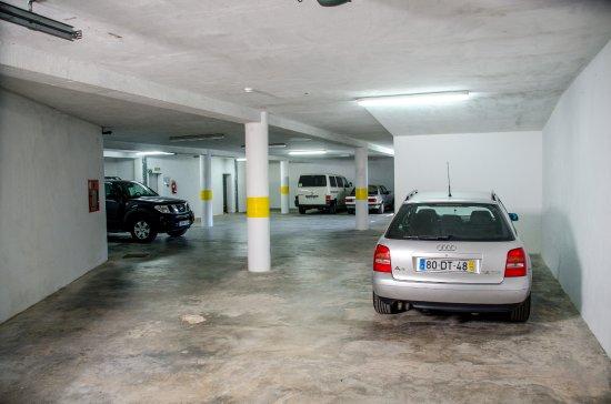 Garaje para 9 veh culos solar dos marcos bemposta - Garaje para coches ...