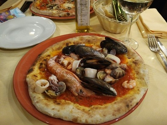 Pizzeria Tradizionale: IMG_20180101_1927309_large.jpg