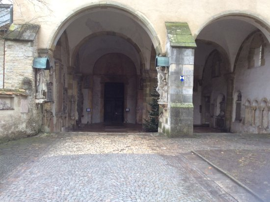 St. Emmeram Church: Loved the arch entry area