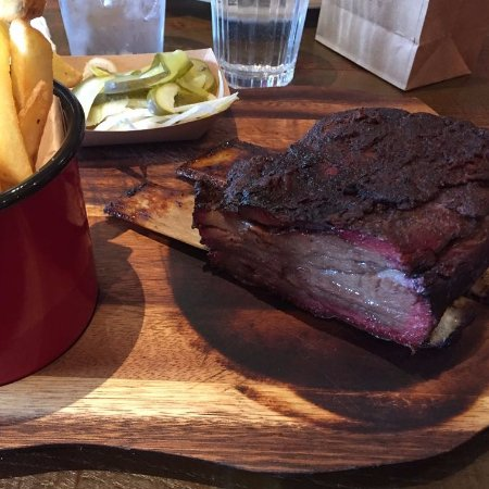 Castle Bromwich, UK: Beef rib (the pink is the smoke ring!)