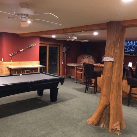 Bear Mountain Lodge: photo1.jpg