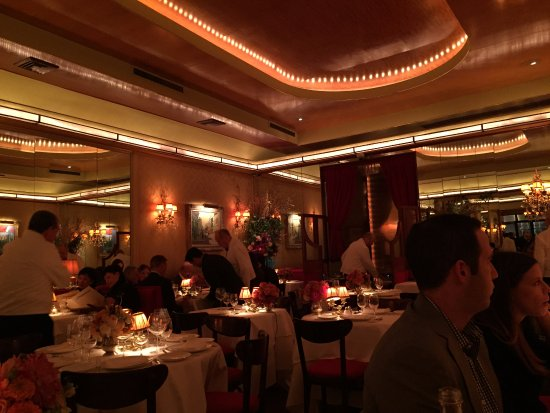 Ai Fiori: Partial view of dining area