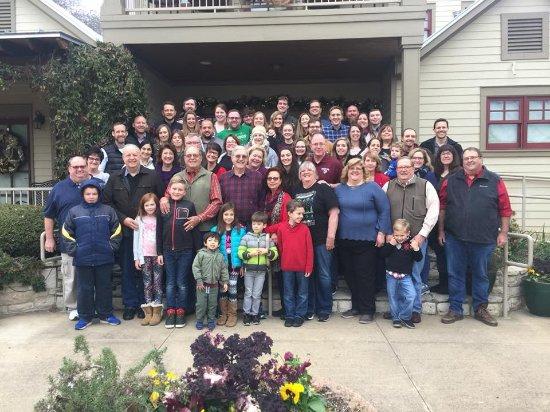 Inn on Lake Granbury : Jimmie Frazier Family Trust Gathering