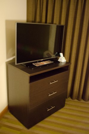 Best Western Plus University Inn : Great Tv setup