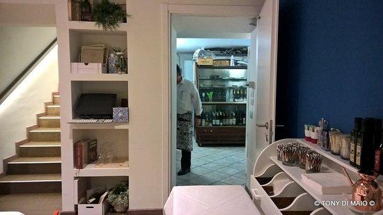 sala sotto e cucina - Picture of Al Galeone, Milan - TripAdvisor
