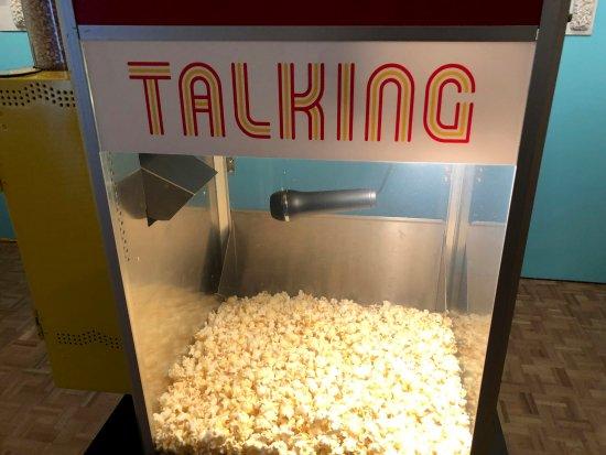 พาโลอัลโต, แคลิฟอร์เนีย: What do the popcorn have to say?!