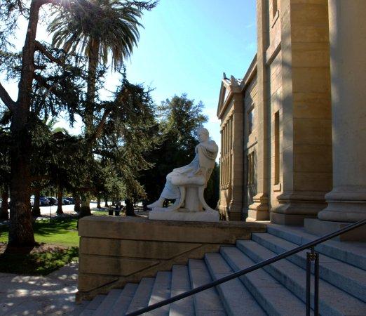 พาโลอัลโต, แคลิฟอร์เนีย: Cantor center entrance