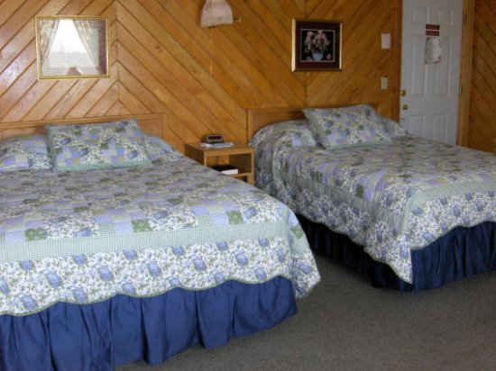 Neillsville, Висконсин: one of our two double bed rooms