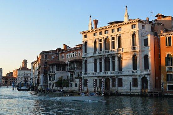 Foresteria levi h tel venise italie voir les tarifs for Hotel venise piscine interieure