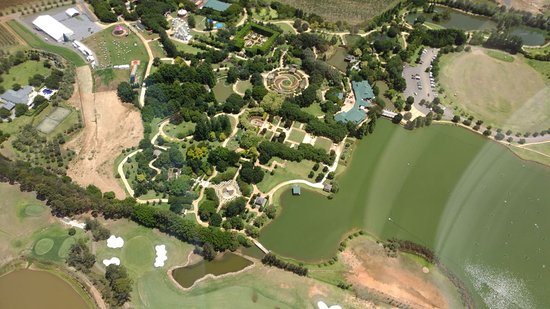Hunter Valley Helicopters: Hunter Valley Gardens