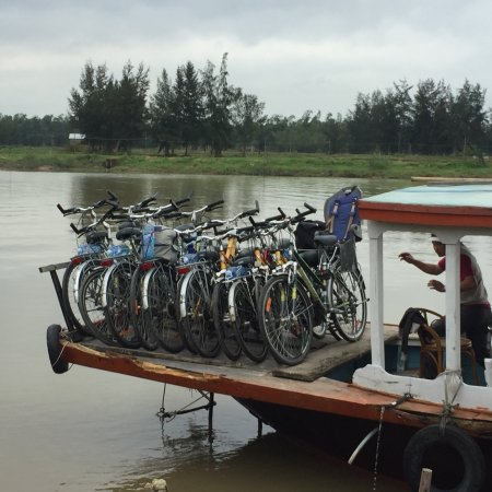 Heaven and Earth Bicycle Tours: photo3.jpg