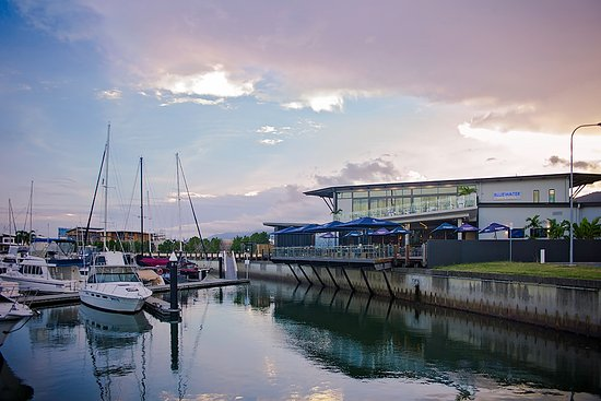 Bluewater bar and grill cairns restaurant reviews phone number photos tripadvisor - Blue water bar and grill ...