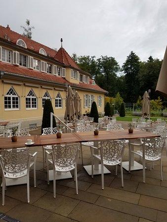 Waldhotel Stuttgart: Outside Seating