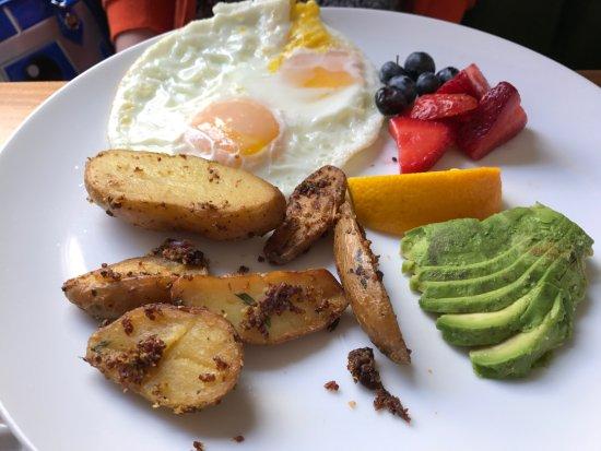 Scarlett Begonia: 2 Egg Breakfast