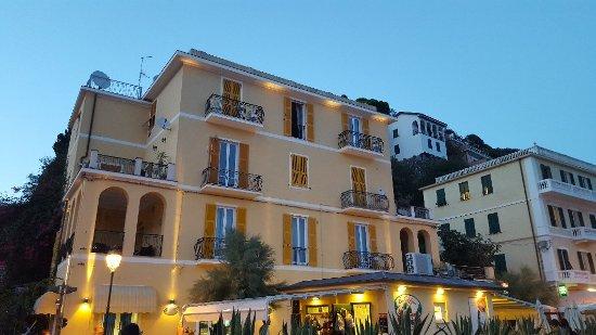 Hotel La Spiaggia : 20170903_200800_large.jpg