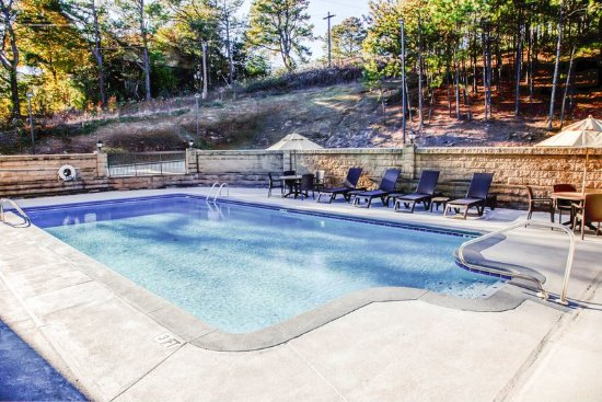 Comfort inn updated 2017 hotel reviews price for Pool show birmingham