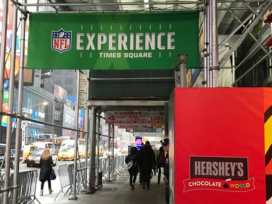 Entrance - Picture of NFL Experience Times Square ff9ca48d8bd39