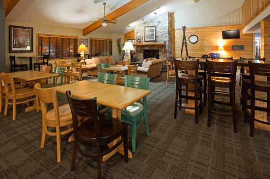 Proctor, Minnesota: Lobby