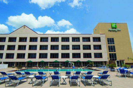 Holiday Inn Gainesville University Center: Pool